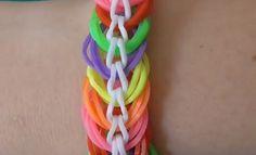 Как плести браслеты и колечки из резинок Rainbow Loom Bands. Поделки с д...