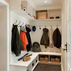 L Shaped Mudroom Design Ideas, Pictures, Remodel and Decor