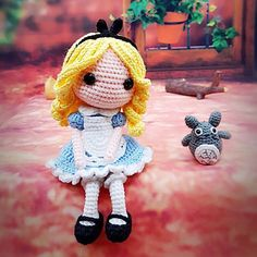 My crochet doll, Alice ,amigurumi❣️ - SalvabraniHappy Sunday 4 sweetie dollies are going put to playAlice with totoro!This Pin was discovered by ScoImage gallery – Page 514958538636392027 – Artofit Crochet Disney, Kawaii Crochet, Cute Crochet, Crochet Crafts, Yarn Crafts, Crochet Projects, Amigurumi Doll, Amigurumi Patterns, Doll Patterns