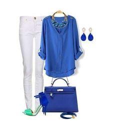 Look blu e verde - Look del giorno molto glamour ispirato a due delle tinte più fashion della primavera 2014: il blu cobalto e il verde. Per realizzarlo vi basterà abbinare a un paio di jeans skinny bianchi una maglia oversize blu, borsa in coordinato e sandali pastello. Vi piace questo outfit da giorno?