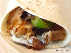 101 Cooking For Two - Everyday Recipes for Two: Easy Chicken Fajitas