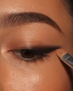 Edgy Makeup, Makeup Eye Looks, Eye Makeup Steps, Eye Makeup Art, Smokey Eye Makeup, Eyebrow Makeup, Skin Makeup, Eyeshadow Makeup, Makeup Tips