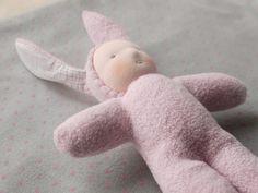 Poupée Waldorf enfant lapin par MainsDeLaine sur Etsy