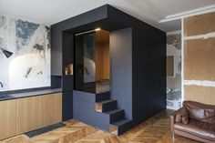 32 m² studio in Paris with great bedroom and storage solution from the architects at Batiik Studio.