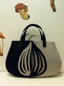 「flower.」 お揃いのリング♥ の画像| Felt Art works❤️Atsuko Sasaki