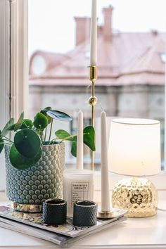 Beautiful and modern window sill decor with candles and plants Home Interior Design, Interior Styling, Interior Decorating, Window Sill Decor, House Doctor, Plywood Furniture, Home Decor Inspiration, Decor Ideas, Decoration