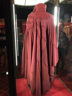 Something Pretty Clever — Hey, look what I found! At Disney's California. Dr Strange Cape, Doctor Strange Cloak, Doc Strange, Marvel Costumes, Marvel Cosplay, Halloween Costumes, Halloween 2019, Dr Strange Costume, Cloak Of Levitation