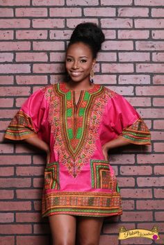 FULLY HANDSTONED/BLINGED DASHIKI SHIRTSGOLD STONESBLINGS OUTDOOR100% WAX PRINTONE SIZE FITS ALL