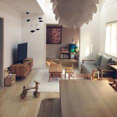 meeeeeee37さんの、RC山口♡,北欧インテリア,北欧好き,シンプルナチュラル,子供と暮らす。,リビングダイニング,フレンステッドモビール,ミシン脚テーブル,幼稚園椅子,IKEA,机,のお部屋写真