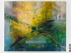 El Museo de Arte Contemporáneo Gas Natural Fenosa presenta hasta el próximo 8 de febrero La ventana y el espejo, de la artista alemana Karin Kneffel. Esta exposición temporal es una selección de pinturas que muestran una imagen observada a través de un cristal  http://www.descubrirelarte.es/2014/11/01/a-traves-del-cristal-de-karin-kneffel.html