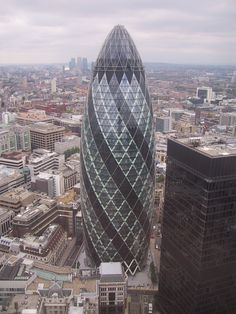 Norman Foster and one of the most amazing scrapers