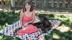 DIY : la couverture de pique-nique qui se replie en sac Faites-vous souvent des pique-niques? Perfect for picnics !