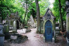 Cimetière du Père-Lachaise by geoftheref, via Flickr  #JetsetterCurator
