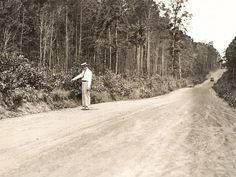 Bonnie and Clyde ambush site as it appeared in 1934