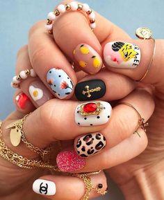 nail art diy glitter nail art 2020 spider gel nail art pedicure near me best nail salon near me art designs with rhinestones Cute Acrylic Nails, Cute Nail Art, Cute Nails, Funky Nail Art, Minimalist Nails, Nail Swag, Hair And Nails, My Nails, Nail Design Glitter