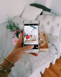 by Helena Martins Having a beautiful Instagram feed is not as easy as it looks. Actually maintaining a theme can be quite hard, but with a little creativity and editing, you will have a flawless...