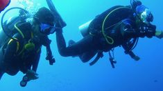 An informative platform for all types of recreational and technical scuba divers.online and learn about the functioning of the dive table. Scuba Diving, Platform, Happy, Table, Diving, Ser Feliz, Tables, Heel, Wedge