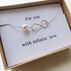 Infinity Bracelet - LOVE -  Holiday Gift - Infinity Jewelry - Card  - Christmas Gift, Best Friend, Mother, Sister - Girlfriend , Wife Gift
