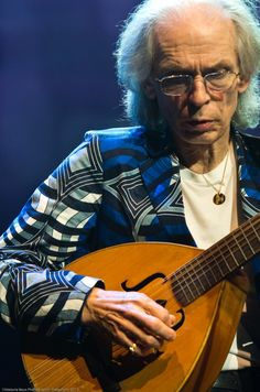 Steve Howe of Yes    ©Melanie Beus Photography/melephoto 2012     — at Warner Theatre.