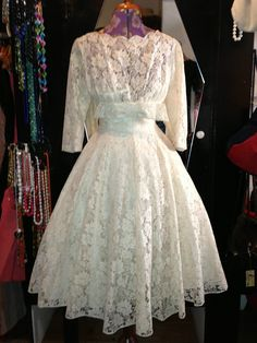 Norman Young 1950s 60s Ivory Lace Full Skirt Princess Wedding Dress Bow Front 8. £450.00, via Etsy.