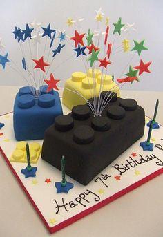 lego cake for boy birthday! great idea my nephew lovess legos. 7th Birthday Cakes, Lego Birthday Party, Boy Birthday, Birthday Ideas, Happy Birthday, Lego Torte, Bolo Lego, Cakes For Boys, Cute Cakes