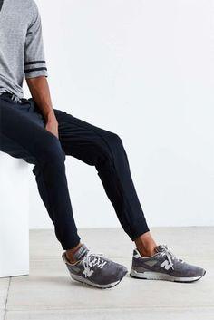 Macho Moda - Blog de Moda Masculina: Sockless Masculino: Onde Encontrar as Meias Invisíveis? New Balance, Calça Cropped, Calça Skinny, Look Minimalista,