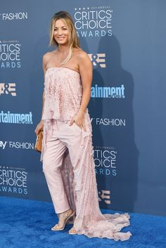 Cuoco kept her strapless theme, but this time with a high-low top and pink pants at the Critics' Choice Awards in 2016.