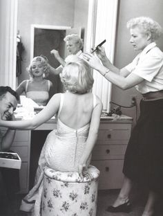 Marilyn Monroe with Fox hairdresser Gladys Rasmussen during the filming of How to Marry a Millionaire (1953), photo by John Florea