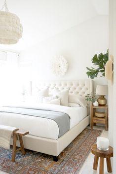 Room Ideas Bedroom, Bedroom Bed, Home Decor Bedroom, Modern Bedroom, Master Bedroom, Bedroom Frames, Serene Bedroom, Tufted Bed Frame, White Tufted Bed