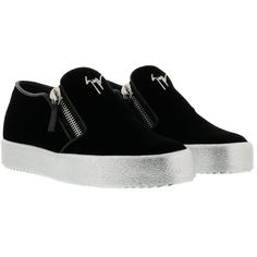 Giuseppe Zanotti May London Loafers (1.342.550 COP) ❤ liked on Polyvore featuring shoes, loafers, veronro, loafers moccasins, loafer shoes, giuseppe zanotti and giuseppe zanotti shoes