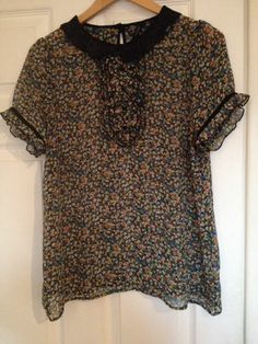 TOPSHOP - Ditsy Print Floral Peter Pan Collar Short Sleeve Top Blouse - Size 16