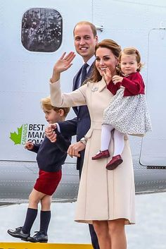 Prince William and Kate Middleton, the Duchess of Cambridge, made a rare public family outing with their adorable children, Prince George and Princess Charlotte. Visit our website for more pics and video © Atlantic Images Prince And Princess, Princess Kate, Princess Charlotte, Kate Middleton Family, Kate Middleton Style, Duke William, Prince William And Catherine, Duke And Duchess, Duchess Of Cambridge