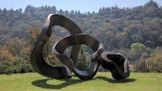 20 Distinctively Artistic Abstract and Free Form Garden Sculptures ...
