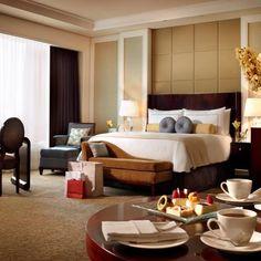 Premiere Room at Four Seasons Hotel Macao, Cotai Strip®, interior design by HBA/Hirsch Bedner Associates.