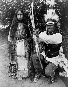 Elk Tongue with His Daughter, Akea (A Nice Walk), Kiowa, He in Partial Native Dress with Headdress and Shooting Arrow, She in Native Dress - McDonald - n. Native American Pictures, American Indian Art, Native American Tribes, Native American History, American Indians, American Symbols, American Pride, Western Comics, Native Indian
