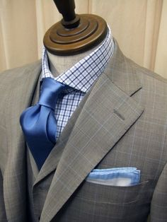 Gray windowpane suit with blue accents - Nice!