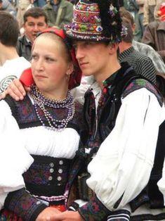 Szatmári magyar népviselet - Erdély Romanian folk costume...