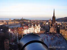 Información para visitar el castillo de Edimburgo, y 10 curiosidades para que descubras más sobre esta fortaleza.
