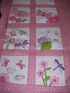 Possible quilt for Ruby 2019 Cute Quilts, Small Quilts, Easy Quilts, Quilting Projects, Quilting Designs, Sewing Projects, Baby Girl Quilts, Girls Quilts, Patch Quilt