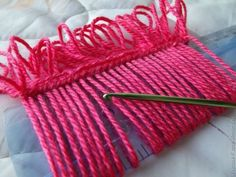 interesting crochet technique Photo Tutorial ༺✿Teresa Restegui http://www.pinterest.com/teretegui/✿༻
