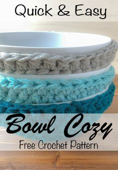 Quick Crochet Bowl Cozy - Winding Road Crochet This free crochet pattern will be the most used in your home. At least it is in mine. The bowl cozy Easy Crochet Projects, Crochet Patterns For Beginners, Sewing For Beginners, Crochet Crafts, Crochet Ideas, Crochet Tutorials, Crochet Bowl, Quick Crochet, Crochet Geek