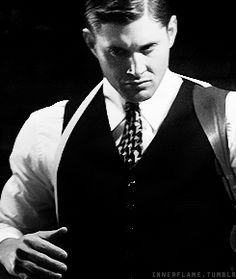 [GIF] 7x12 TIme After Time Wow. I can't even... Yum. 1940's Dean