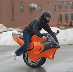 The Uno Electric Motorcycle, or MotorUnicycle