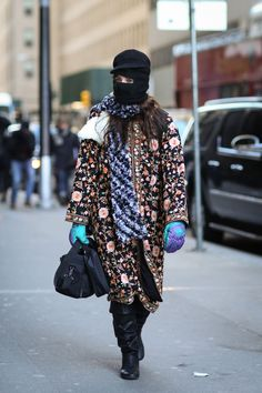 Lessons In Layering From The Streets Of New York City #refinery29  http://www.refinery29.com/2016/02/103173/ny-fashion-week-fall-winter-2016-street-style-pictures#slide-130  Knowing how cold it was, we respect this bold, practical move. ...