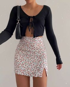 Teen Fashion Outfits, Mode Outfits, Retro Outfits, Girly Outfits, Cute Casual Outfits, Skirt Outfits, Look Fashion, 90s Fashion, Stylish Outfits