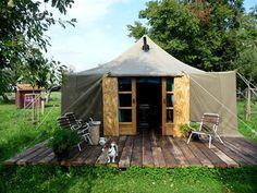 Een tenthuis in de boomgaard - Achterhoek Glamping, Tent, Yurts, Camping Ideas, Outdoor Gardens, Holland, Gazebo, Shed, Around The Worlds