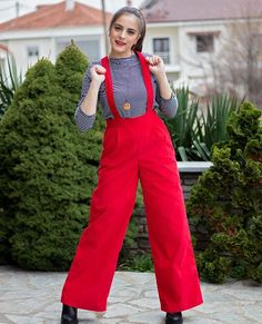 Image may contain: 1 person, standing and outdoor Christmas Mood, You Got This, Trousers, Jumpsuit, Pairs, Brand New, How To Wear, Outdoor, Image
