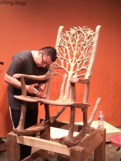 Hand made rocking chair, carved from one chunk of wood! Holzschnitzen , Hand made rocking chair, carved from one chunk of wood! Hand made rocking chair, carved from one chunk of wood! Into The Woods, Woodworking Enthusiasts, Log Furniture, System Furniture, Handmade Furniture, Furniture Design, Wood Creations, Wood Sculpture, Sculptures