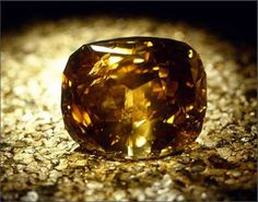 "Know that Sun Drop is not in the top 10 largest diamonds in the world in terms of carats.   The first, the ""  Golden Jubilee  ""has a weight of 545.67 carats Color Fancy Yellow Brown ."