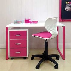 Metro Worktable - Snowdrift top on hot pink frame with square moby in Snowdrift with Pink Gloss drawers.